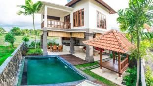 2 BR Villa Julia, stunning, with Padi field view