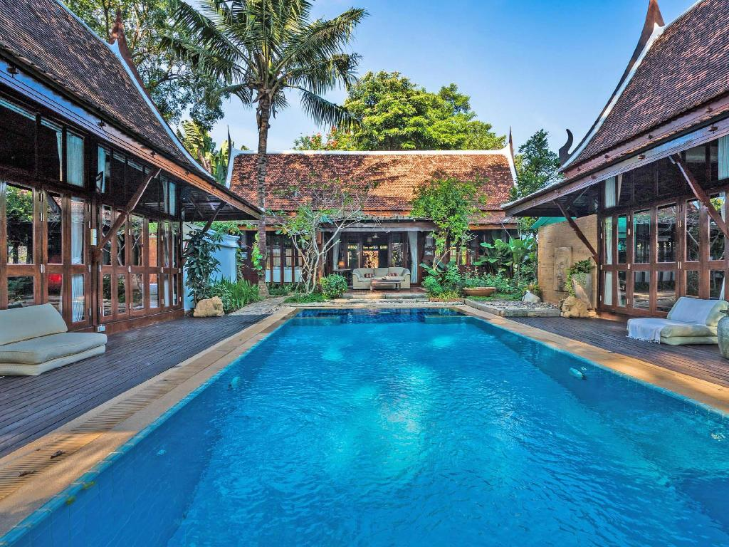 Ta Chang Pool Villa with Breakfast - (max.8 persons)