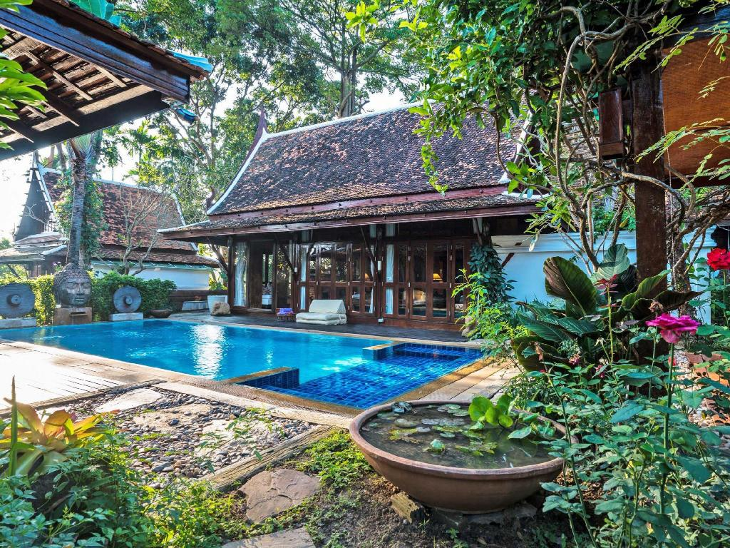 Swimmingpool Chiang Mai Luxury Villa