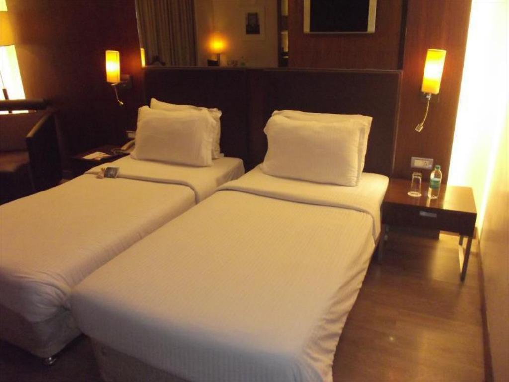7e6c2265aa7 St Laurn Hotel, Pune, India - Photos, Room Rates & Promotions