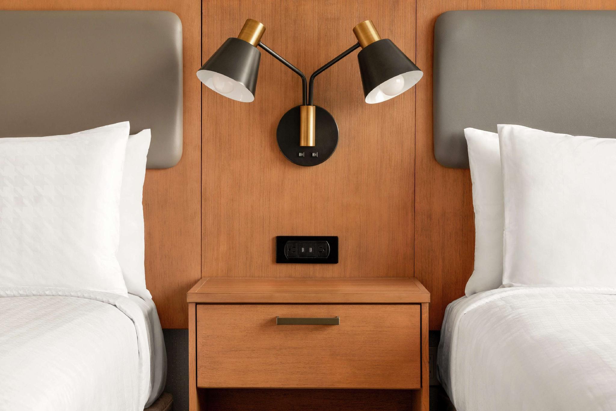 Homewood Suites By Hilton Wilmington Downtown De Hotel Wilmington De Deals Photos Reviews