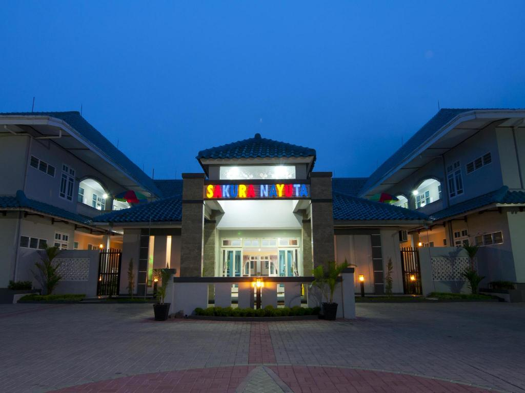 Bekasi Hotels Indonesia Great Savings And Real Reviews