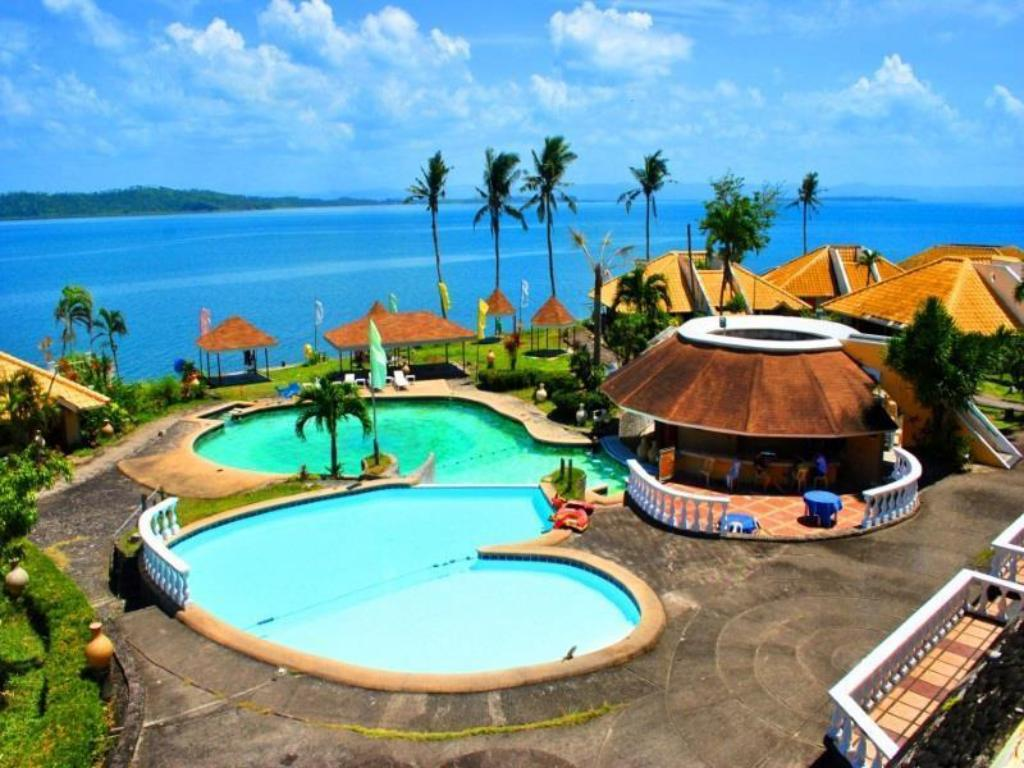 Leyte park hotel in tacloban city room deals photos reviews for Stars swimming pool tacloban city