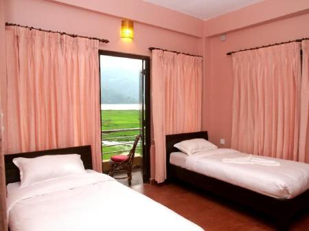 Budget Double Or Twin OYO 11455 August Lake Resort