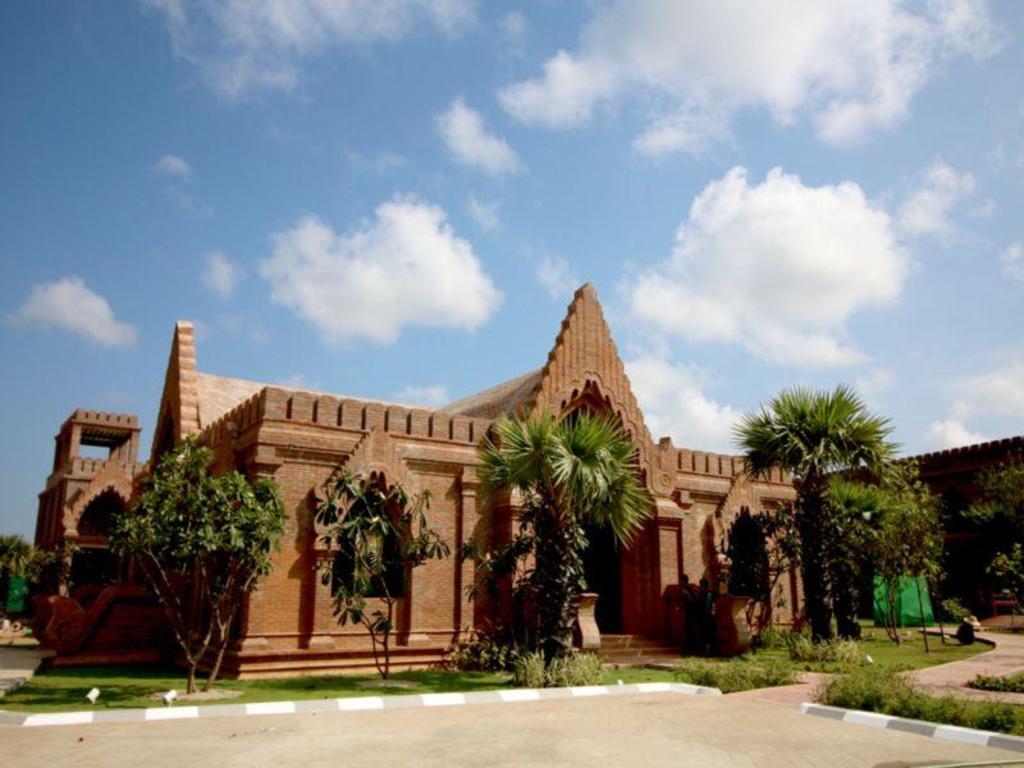 Famous Hotel Bagan in Myanmar - Room Deals, Photos & Reviews