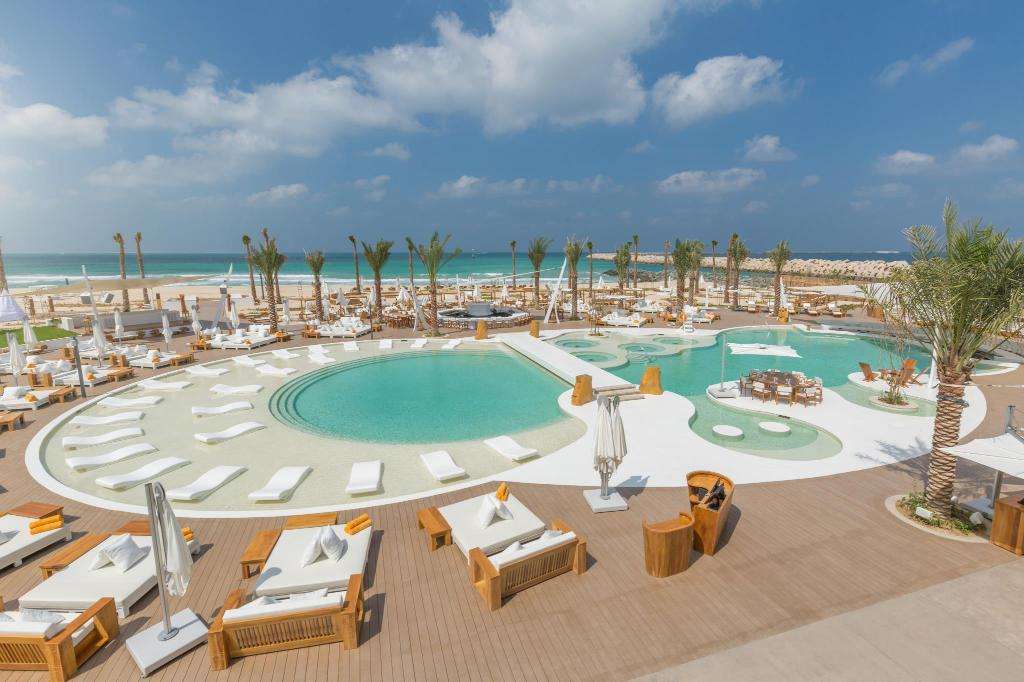 Swimming pool Nikki Beach Resort & Spa Dubai