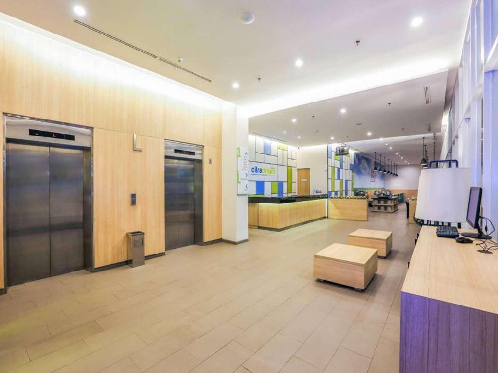 Hotel Citradream Bintaro in Tangerang - Room Deals, Photos