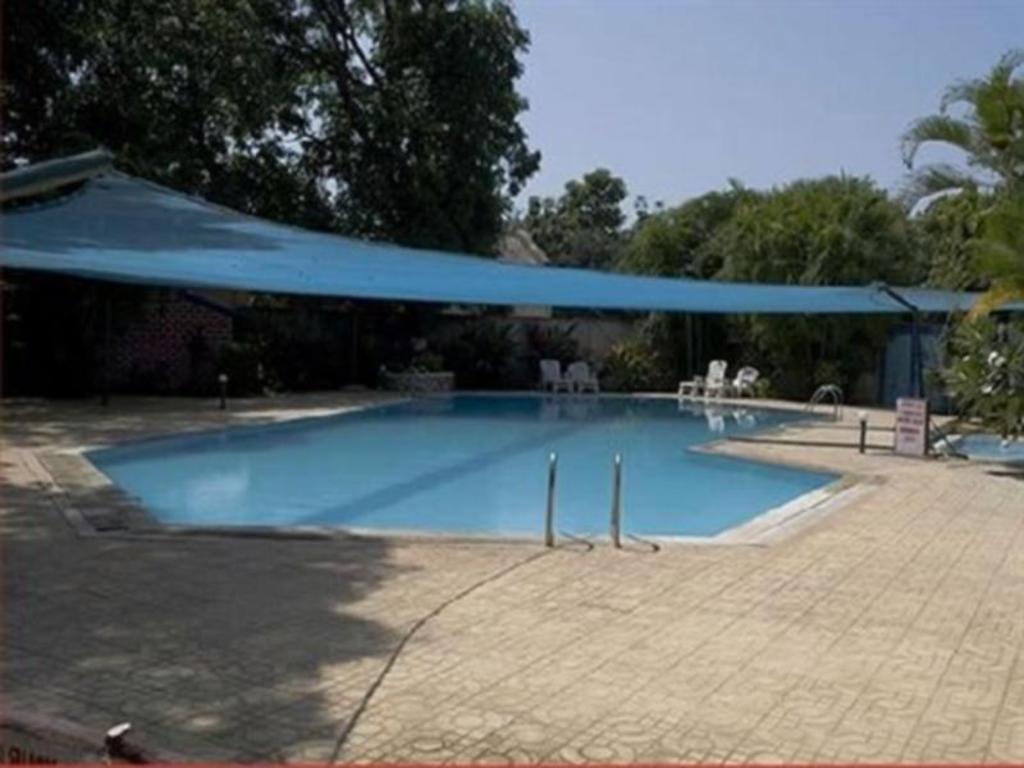 Keys ras resorts silvassa india photos room rates - Hotels in silvassa with swimming pool ...