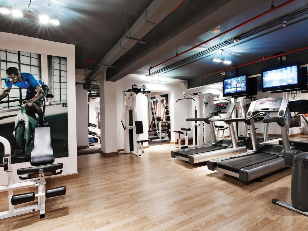 Fitness center Movenpick Hotel Hanoi