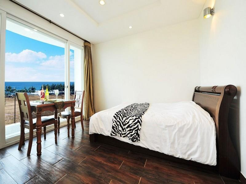 sea view pension in sokcho si room deals photos reviews rh agoda com