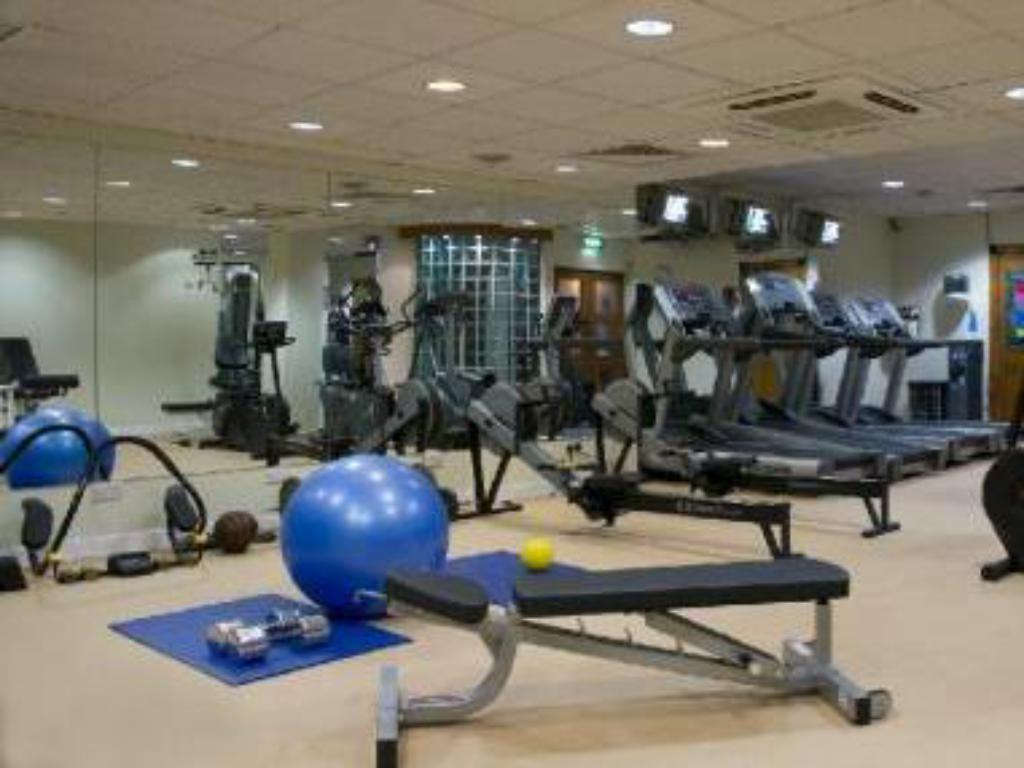 Fitness center Camden Court Hotel