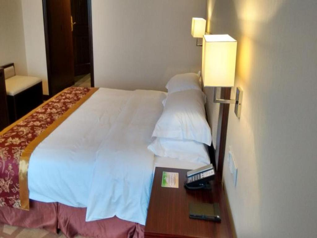 Se alla 32 bilder Days Hotel Guilin