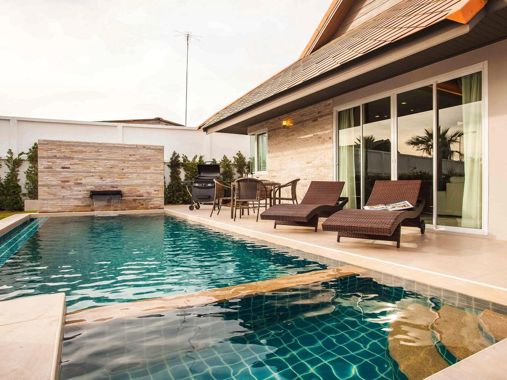 Schwimmbad The Ville Private Pool Villa Pattaya