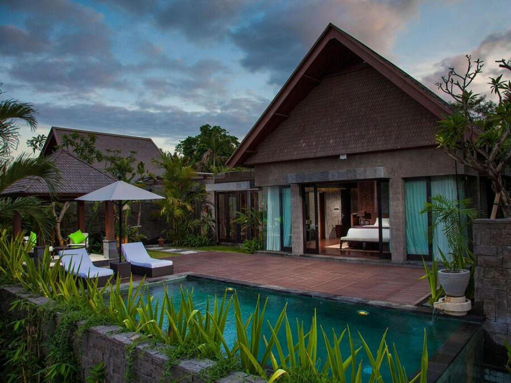The Sanctoo Villa At Bali Zoo From 138 Room Deals Photos