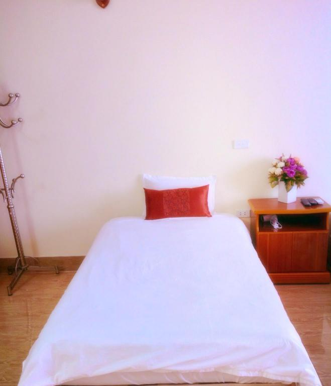 Single Room - Air Conditioning Noibai Family Homestay