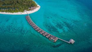 Furaveri Island Resort and Spa
