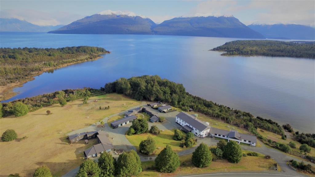 Fiordland National Park Lodge Te Anau Booking Deals