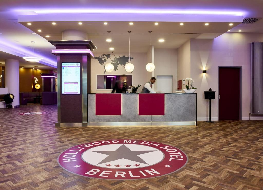 Fojė Hollywood Media Hotel Berlin