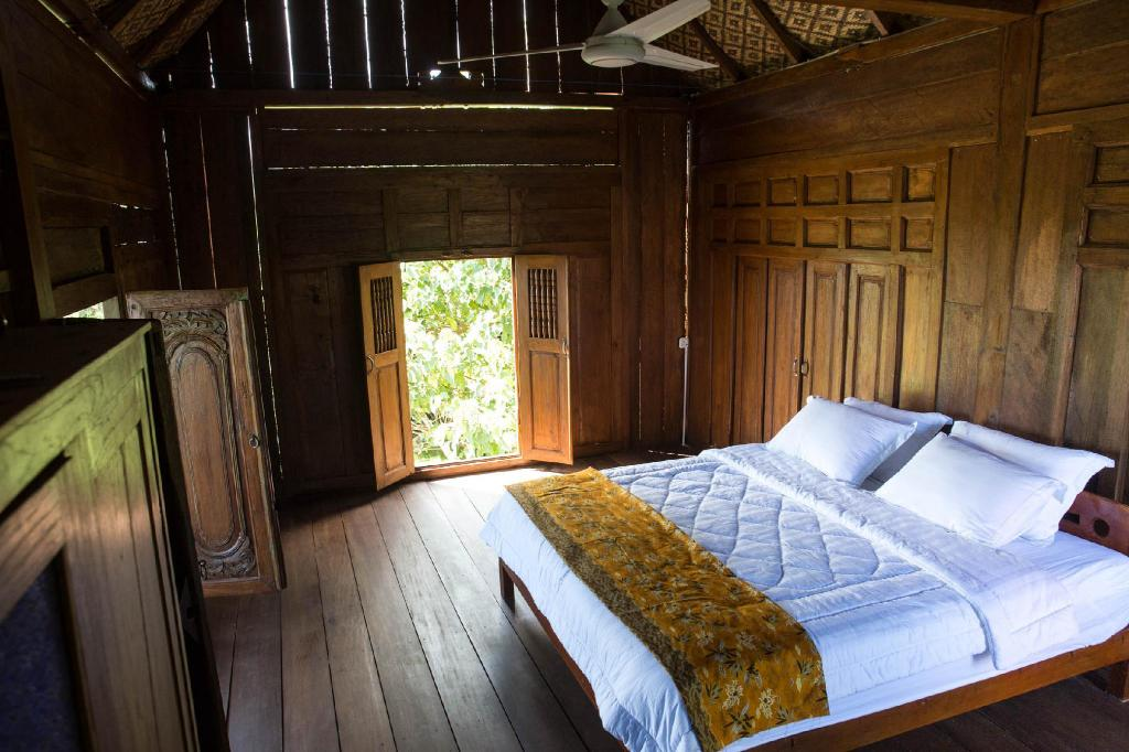 Double - 2 People - Bed Mahi-Mahi Resort Bungalows