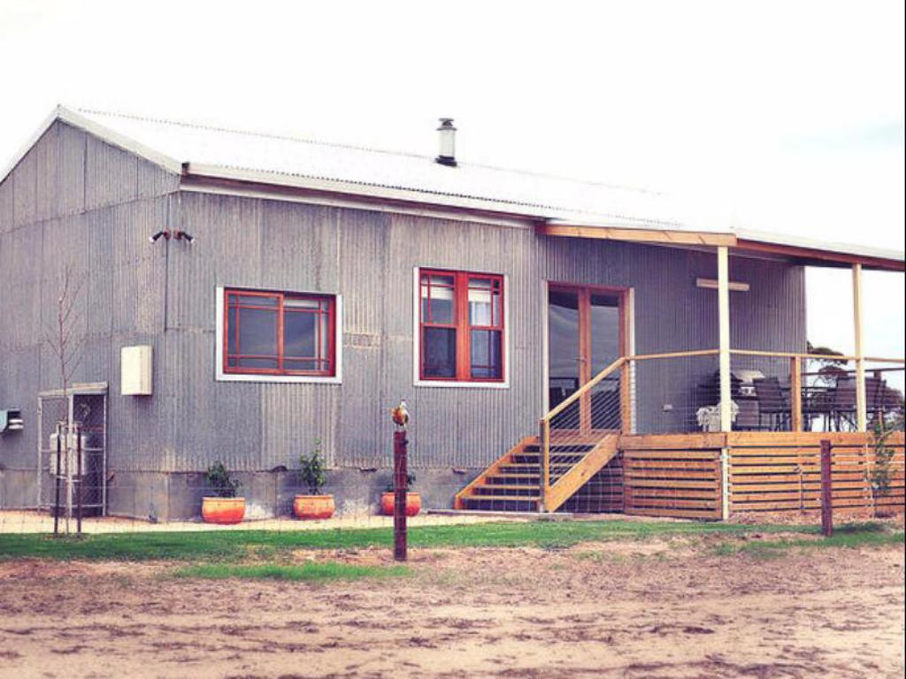 More about Redwing Farmstay