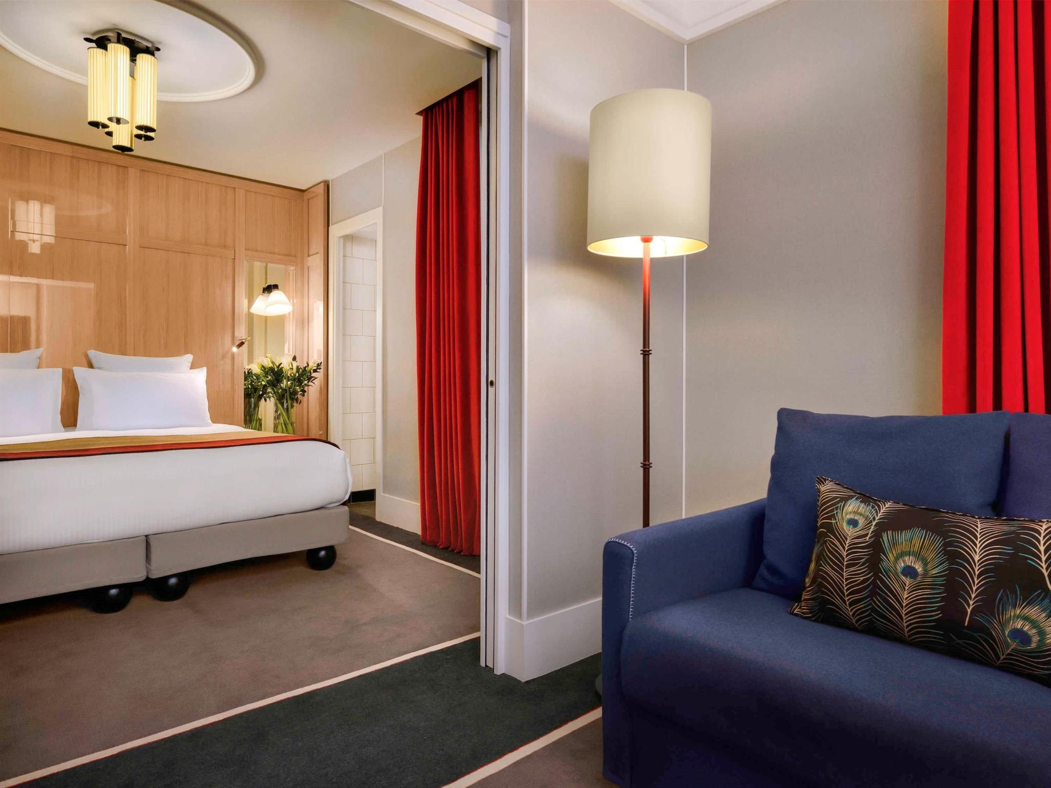 Suíte Júnior com cama King-size (Junior Suite with King Bed)