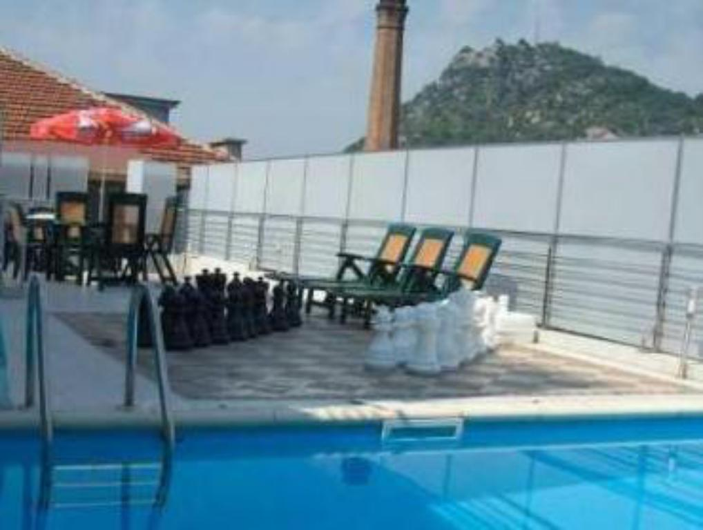 Piscina Alliance Hotel