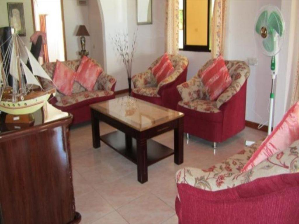 Hotellet indefra Villa Milou Self Catering