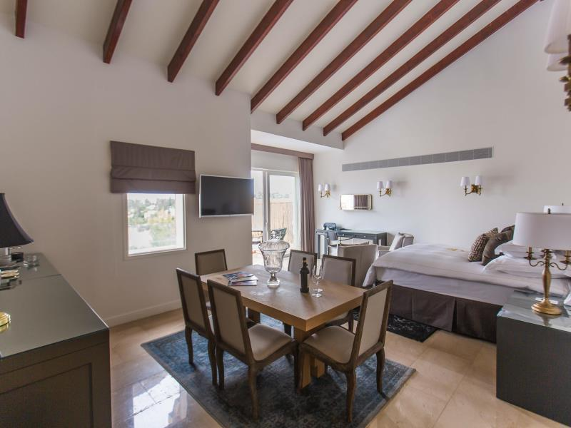 Premium Suite numurs ar privātu pludmali (Premium Suite with Private Pool)