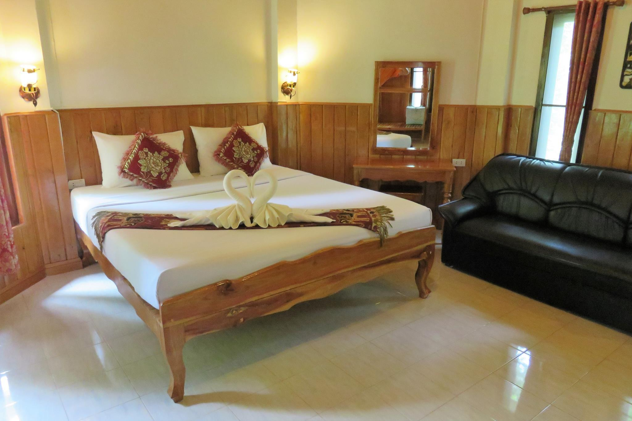 Deluxe King Room with Sofa Bed