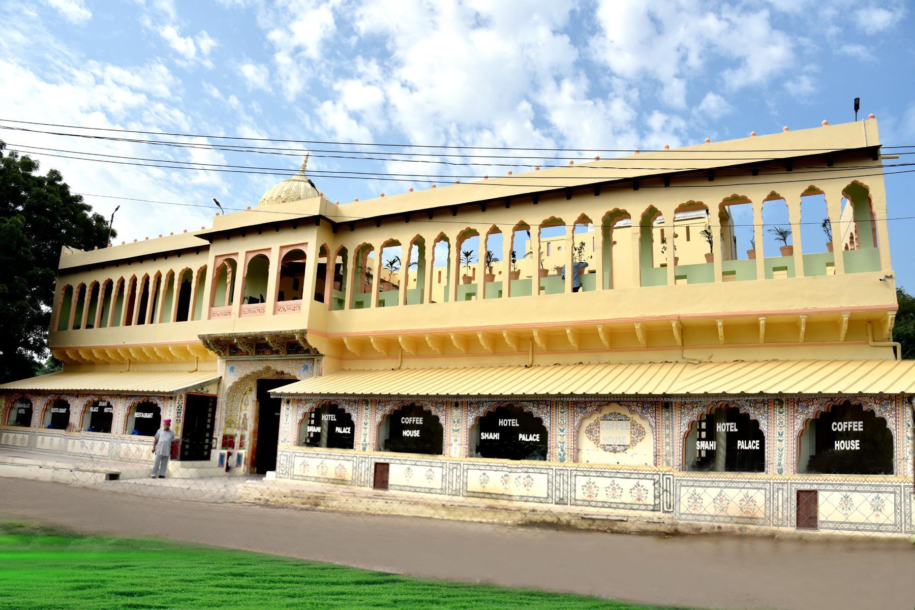 Dimensioni Standard Tavolo Cucina best price on hotel shahi palace in mandawa + reviews!