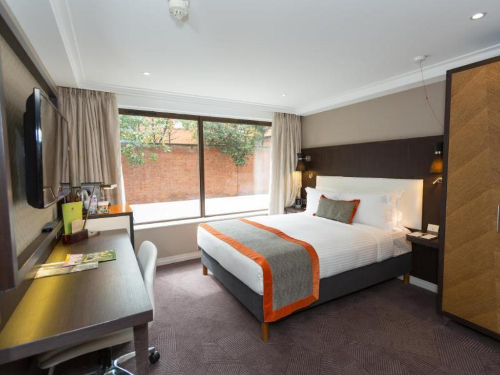 Вижте всички37снимки DoubleTree by Hilton London Hyde Park Hotel