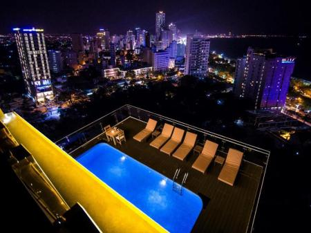 Swimming pool [outdoor] An Vista Hotel