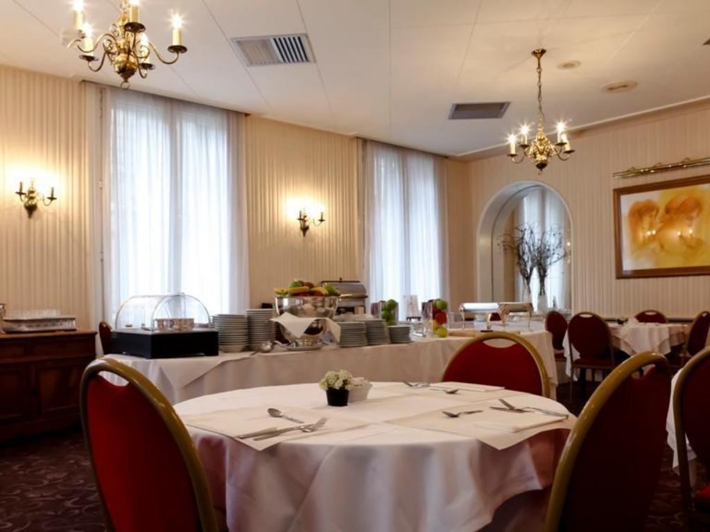 Interior view B4 GRAND HOTEL LYON