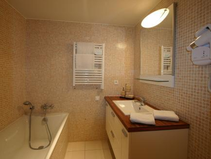 兩室公寓4/5人- 45平方米 (Apartment 2 Rooms for 4/5 People - 45 m²)