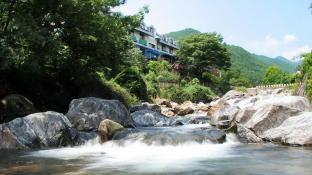 Jirisan Park View Hotel & Resort