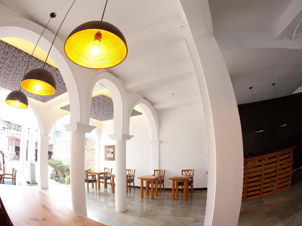 Interior view C Negombo
