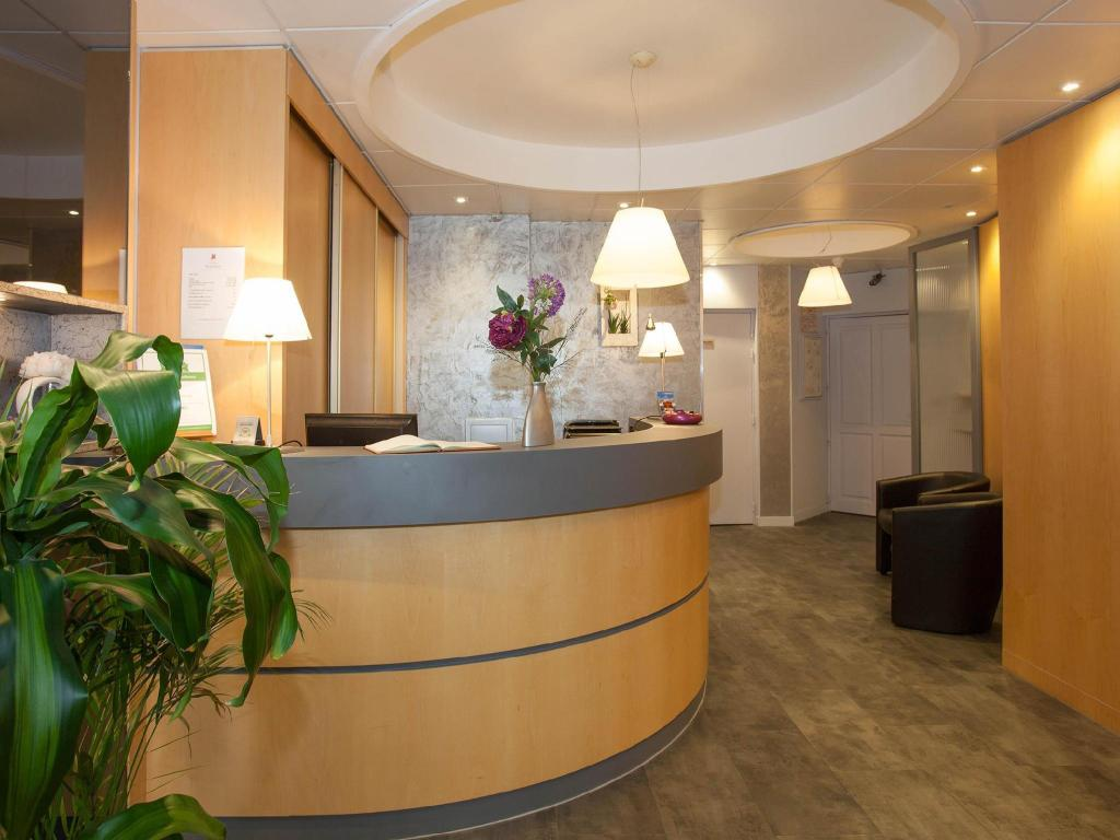 Hotel Le Challonge Dinan France