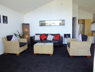 Copper Beech Wanaka - Luxury Apartments