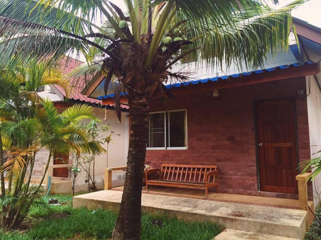 Best Price on Coconut Bungalow in Phuket + Reviews