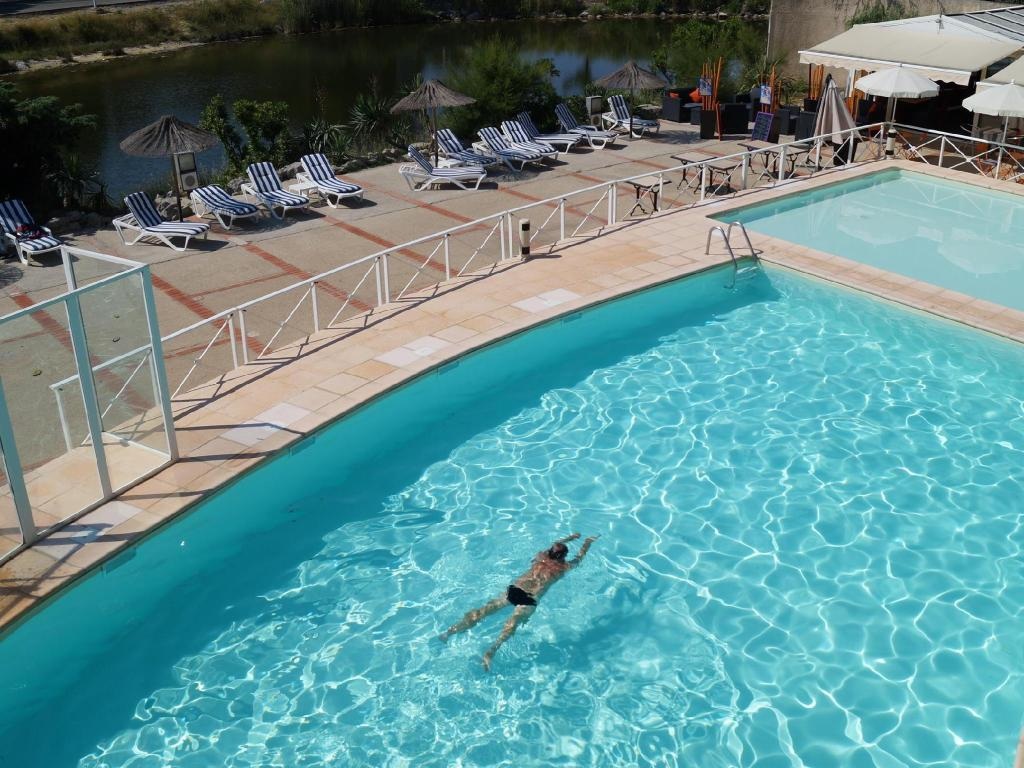 Swimmingpool Hotel Le Phoebus Garden & Spa