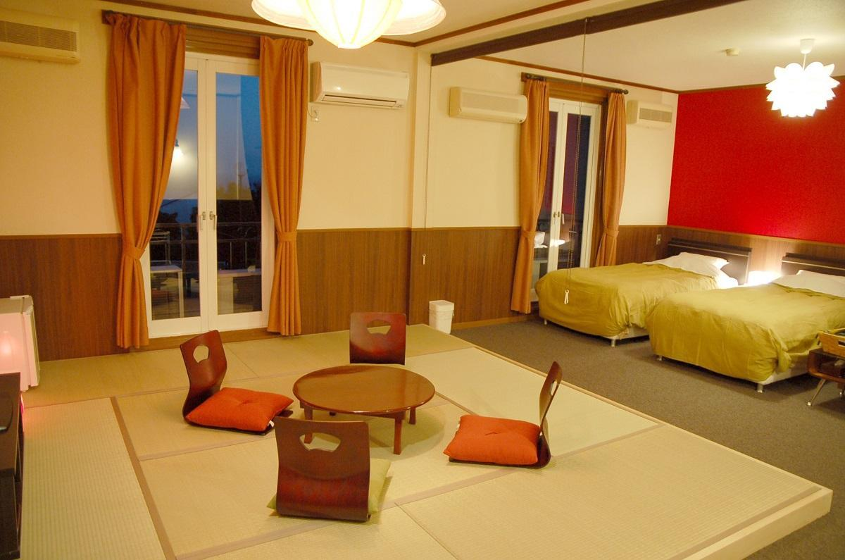 Habitació de luxe japonesa occidental (Japanese Western Deluxe Room)