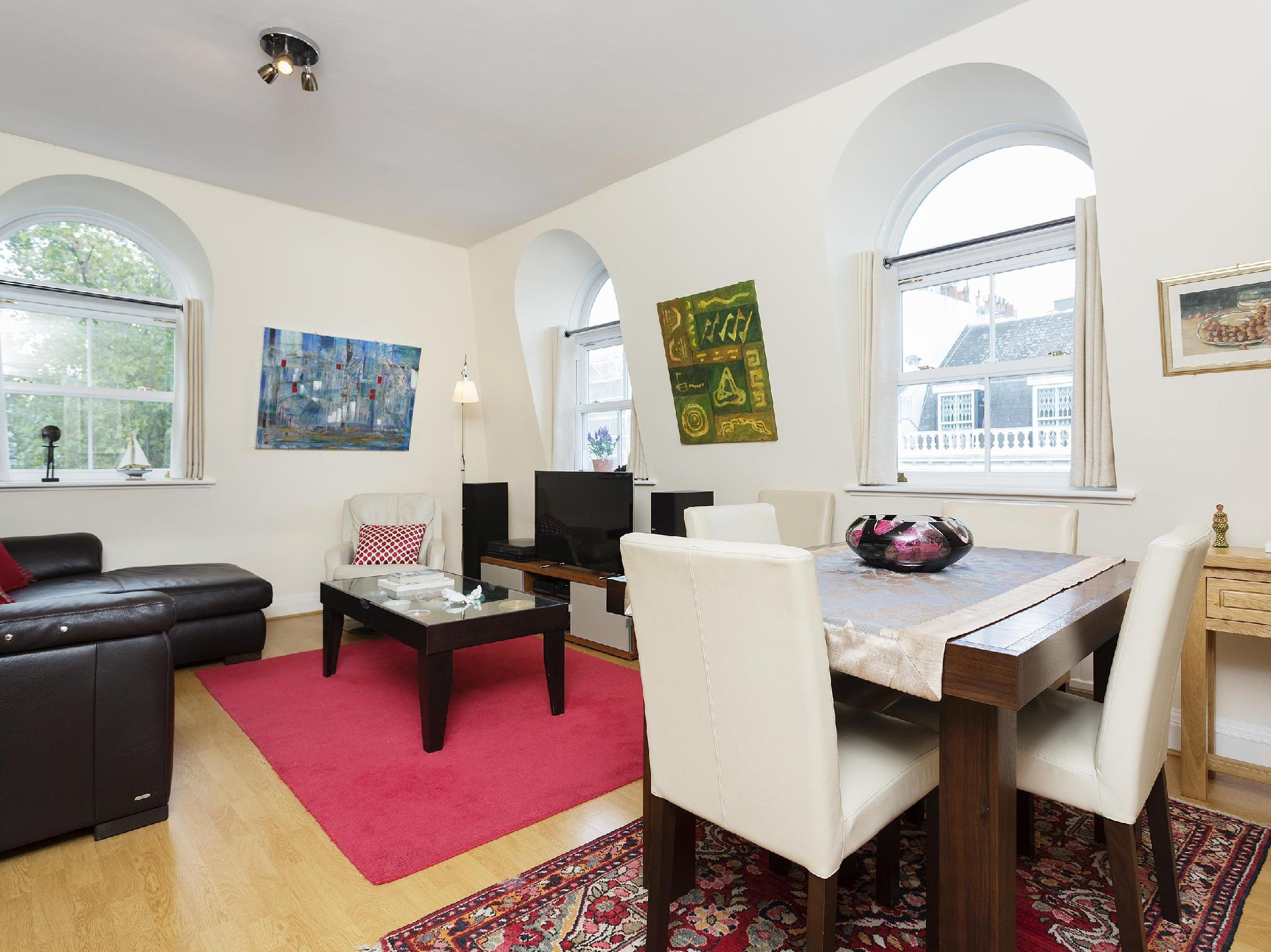 Veeve Three Bedroom Apartment In Bayswater