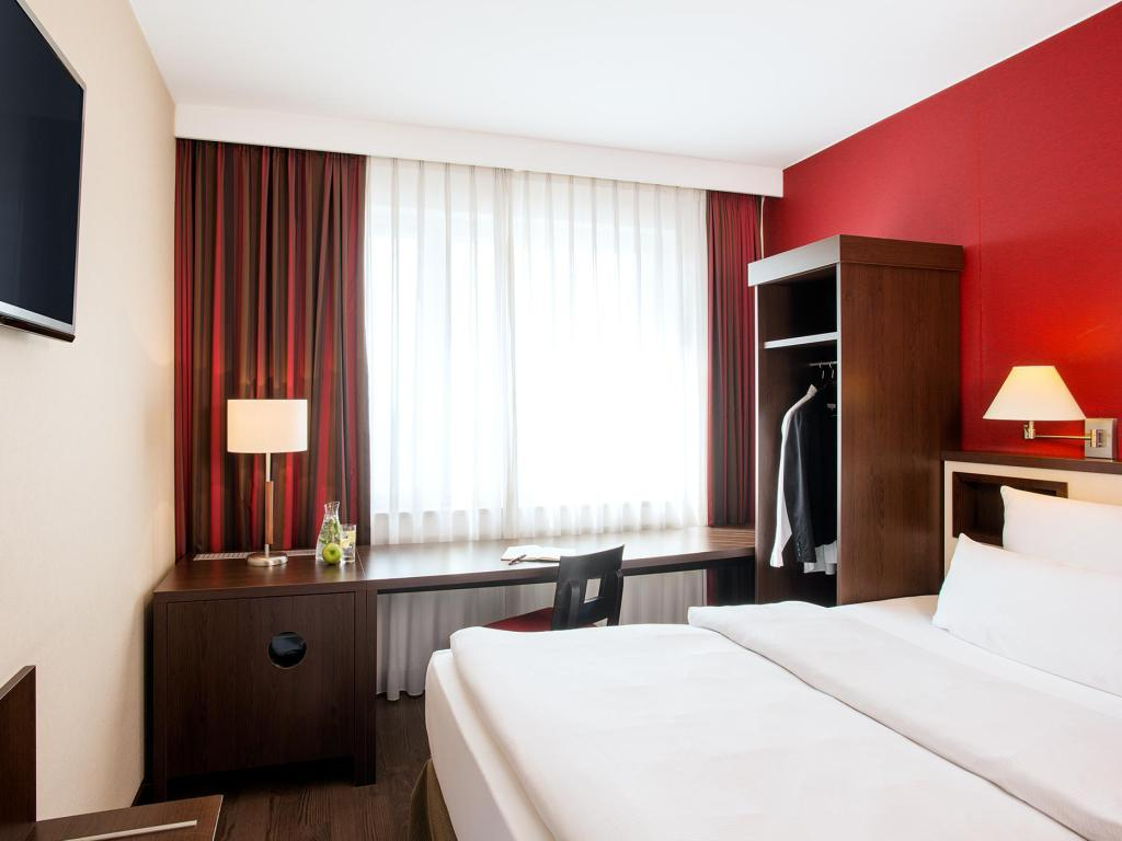 Standard Individual - Guestroom NH Collection Munchen Bavaria
