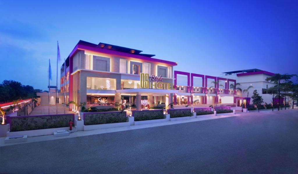 Best Price on OS Style Hotel Managed by Orange Sky Management in