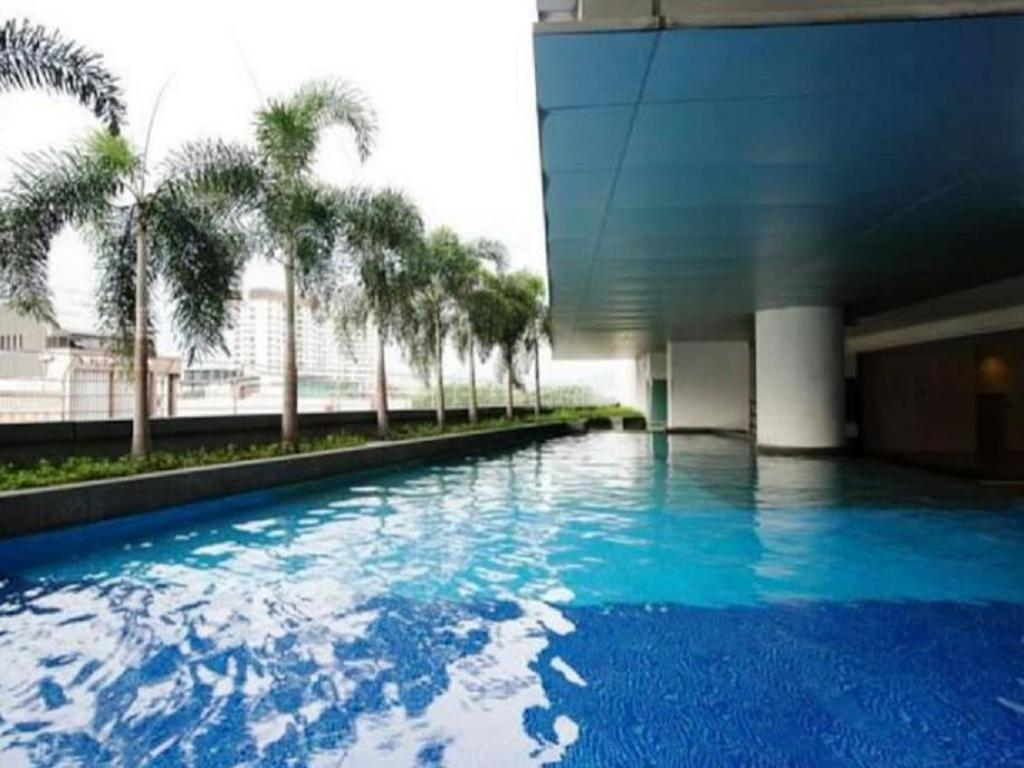 Schwimmbad Best Apartment at Taragon Bukit Bintang