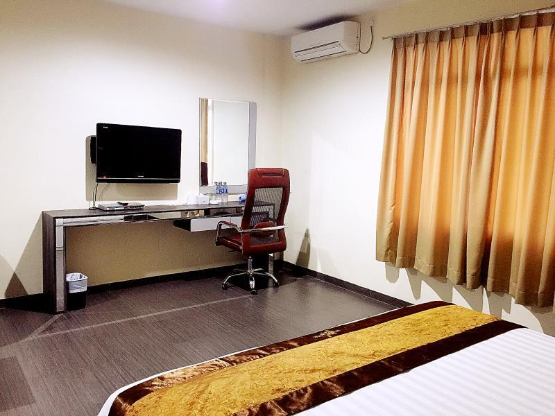 VIP Double Bed Room