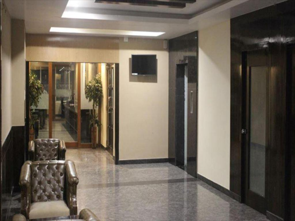 Hotel Raj Vista Suites And Convention Best Price On Hotel Raj Vista Suites And Convention In Bangalore