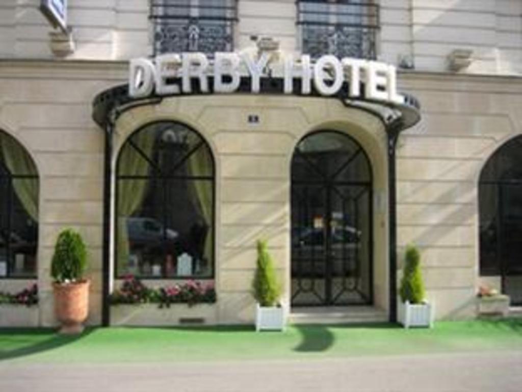Hotel Derby Eiffel In Paris