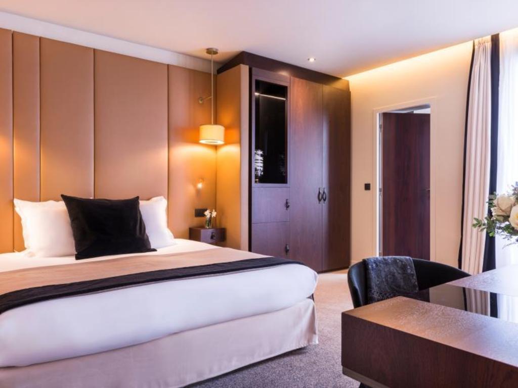Hotels Near Eiffel Tower Paris