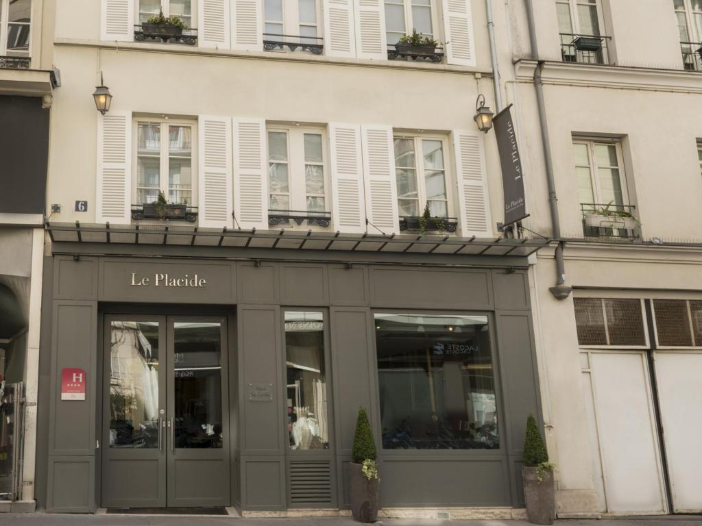 More about Hotel Le Placide